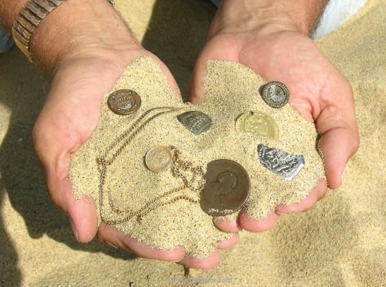 beach-treasures-found