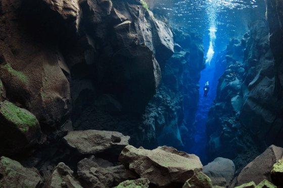 Mission Iceland underwater