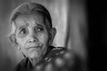 old woman b&w