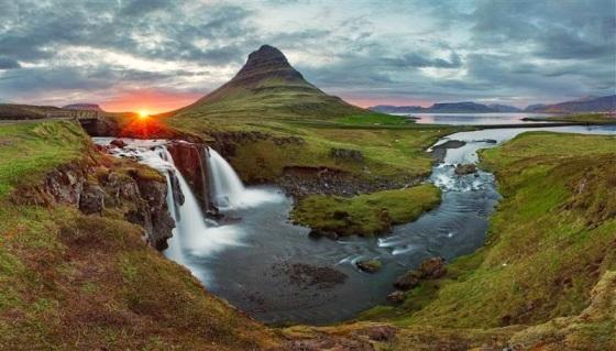 Iceland-Landscape-Kirkjufell